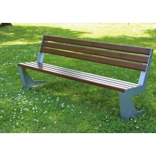Дървени и метални пейки
